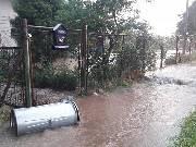 Přívalový déšť lidem vyplavil sklepy a zahrady