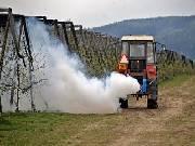 Na mrazíky poslali sadaři mlhu z raketového motoru